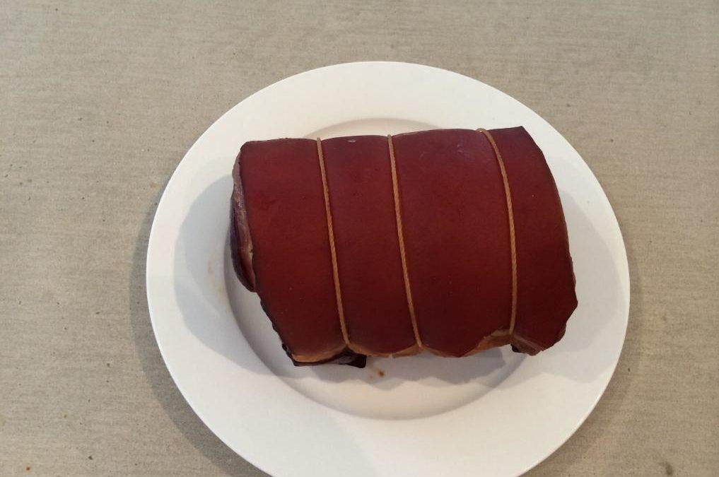 A mini smoked ham (Petit jambon fume)